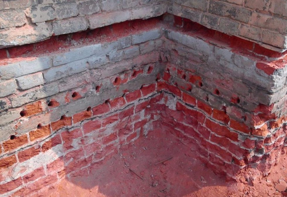 Инъектирование кирпичной кладки цементным раствором стройснаб бетон